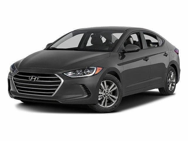 2017 Hyundai Elantra SE for sale in Brooklyn Center, MN