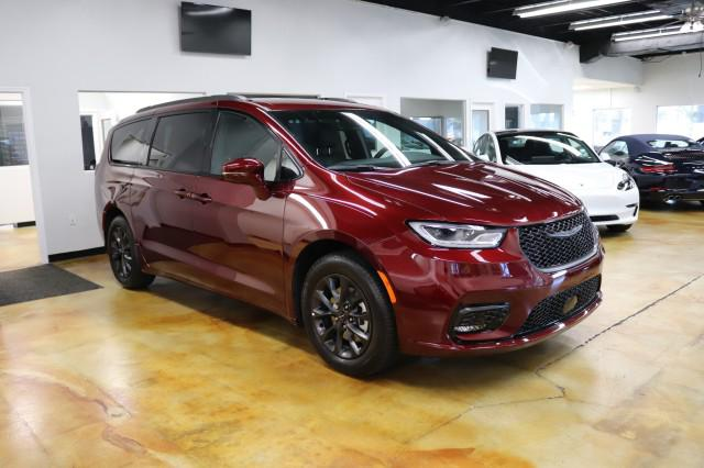 2021 Chrysler Pacifica Touring L for sale in Orlando, FL