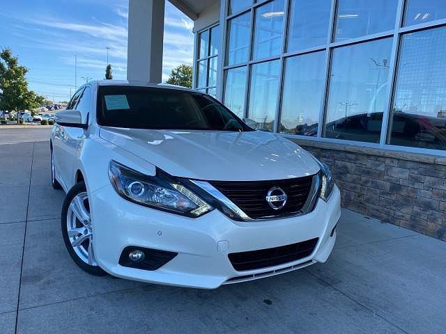 2017 Nissan Altima 3.5 SL for sale in Lexington, KY
