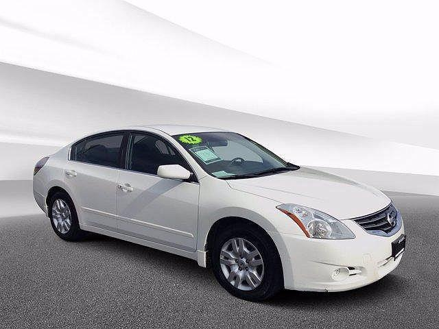 2012 Nissan Altima 2.5 S for sale in Crystal Lake, IL