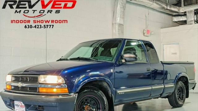 2003 Chevrolet S-10 LS for sale in Addison, IL