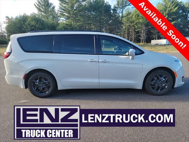 2020 Chrysler Pacifica Touring L Plus for sale in Minocqua, WI
