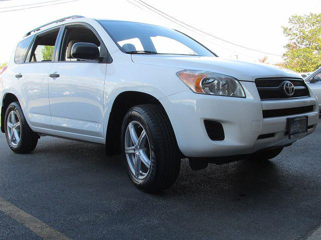 2009 Toyota RAV4 4WD 4dr 4-cyl 4-Spd AT (Natl) for sale in Northbrook, IL