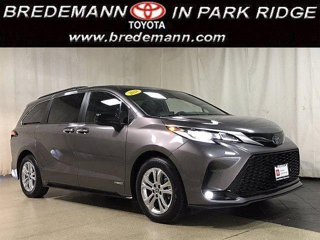 2021 Toyota Sienna XSE for sale in Park Ridge, IL
