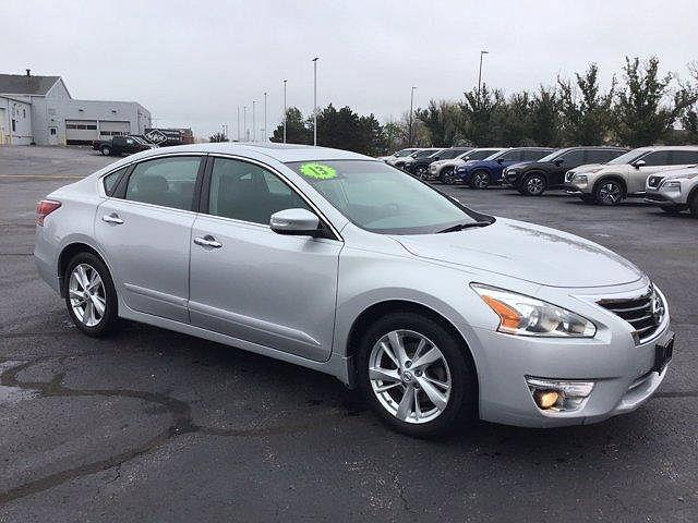 2013 Nissan Altima 2.5 SL for sale in Crystal Lake, IL