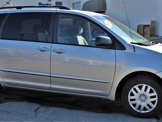 2008 Toyota Sienna LE for sale in Tulsa, OK