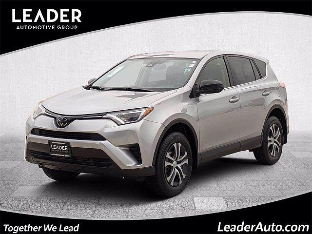 2018 Toyota RAV4 LE for sale in Chicago, IL