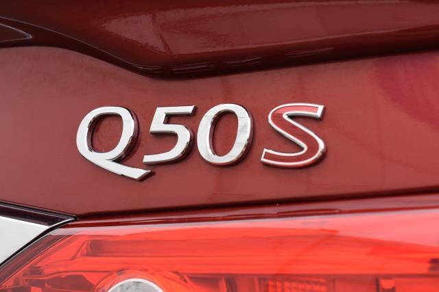 2016 INFINITI Q50 3.0t Red Sport 400 8