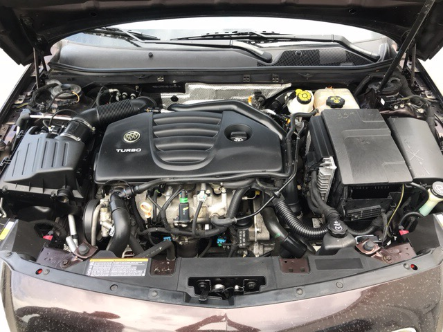 Location: Topeka, KSBuick Regal CXL Turbo in Topeka, KS