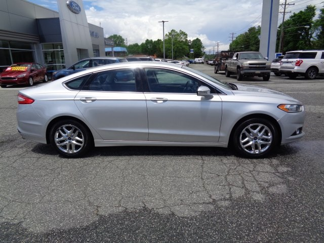 2014 Ford Fusion SE 4dr Car Lexington NC