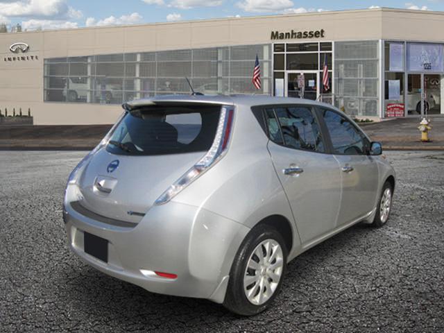 2015 Nissan LEAF S 2