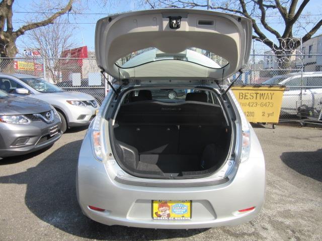 2015 Nissan LEAF S 3