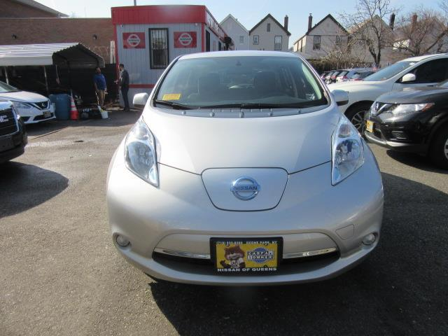 2015 Nissan LEAF S 5