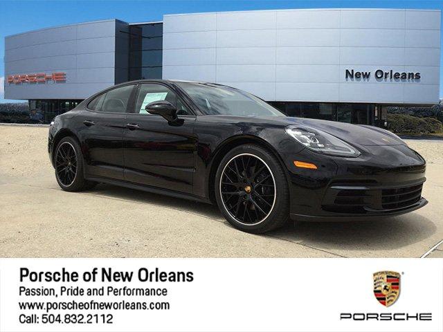 2018 Porsche Panamera RWD Hatchback