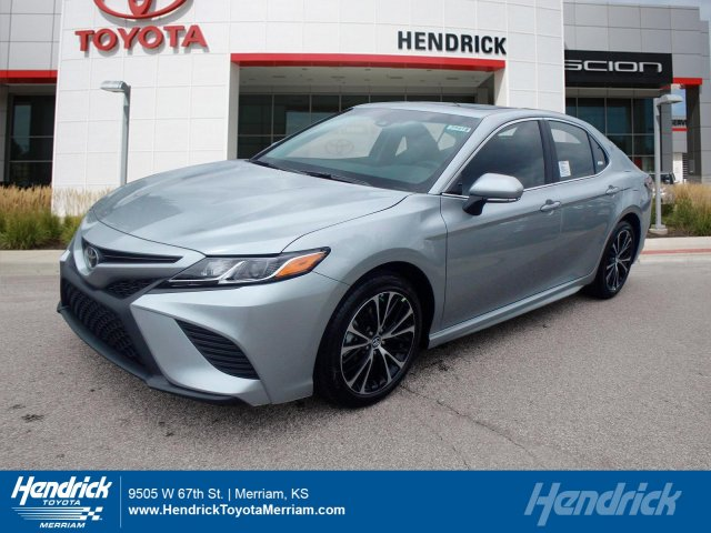 2018 Toyota Camry SE 4dr Car Merriam KS