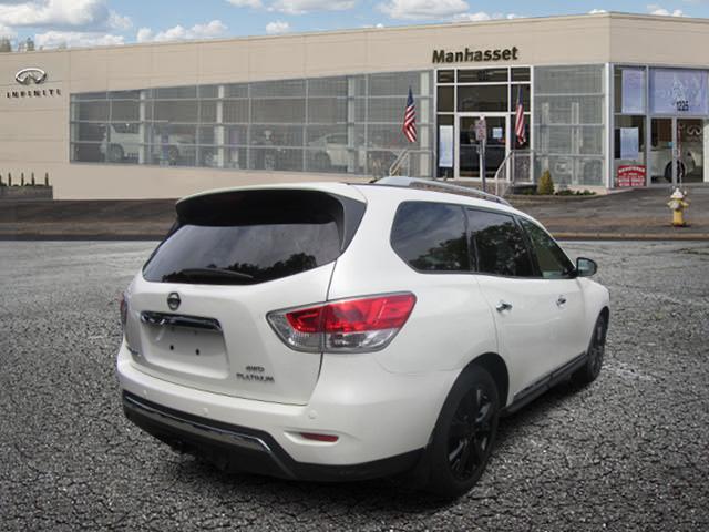 2015 Nissan Pathfinder Platinum 2