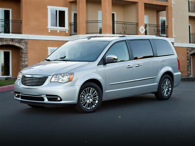 2014 Chrysler Town & Country TOURING 4D Passenger Van Greensboro NC