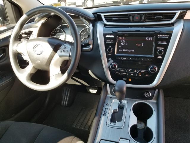 2015 Nissan Murano S 16
