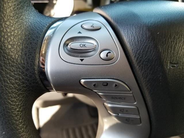 2015 Nissan Murano S 18