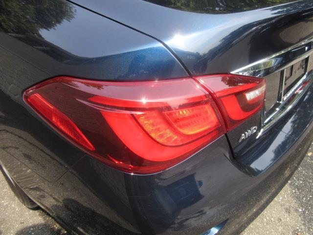 2015 INFINITI Q70L 4dr Sdn V6 AWD 8
