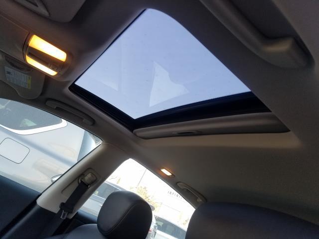 2017 INFINITI QX50 AWD 8