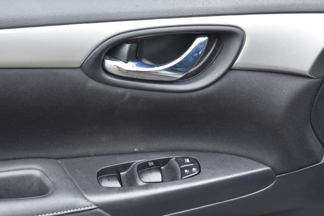 2017 Nissan Sentra S 16