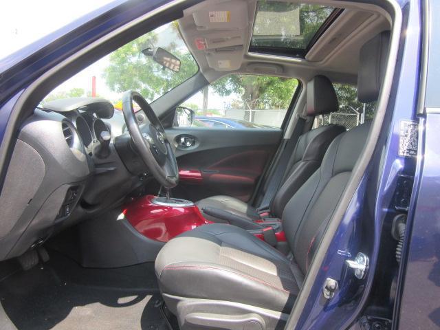 2015 Nissan JUKE SL 10