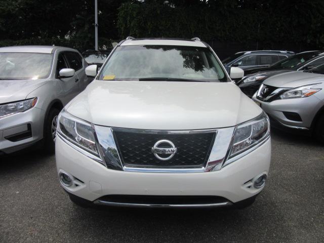 2015 Nissan Pathfinder Platinum 5