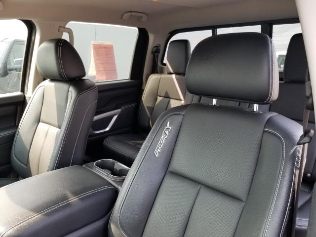 2017 Nissan Titan PRO-4X 10