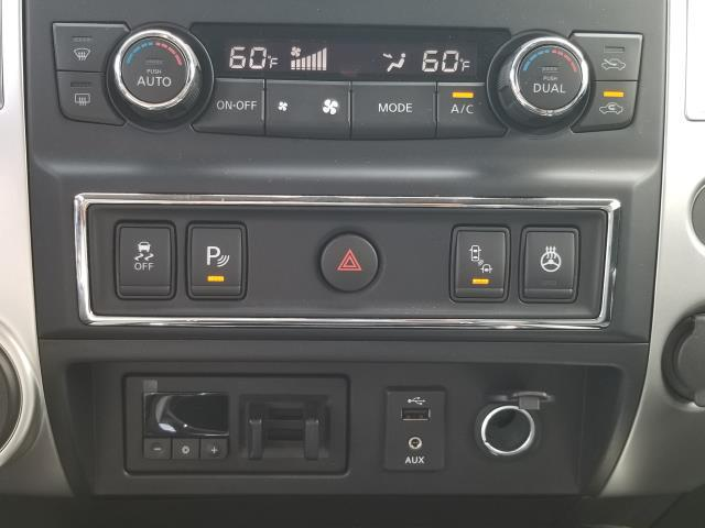 2017 Nissan Titan PRO-4X 25