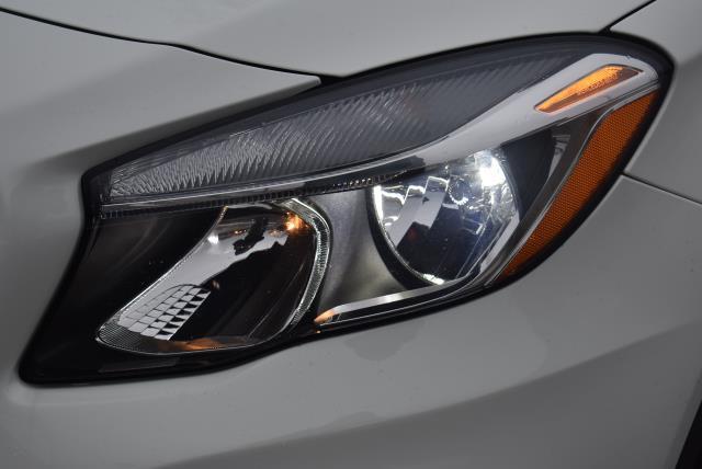 2016 Mercedes-Benz GLA GLA 250 8