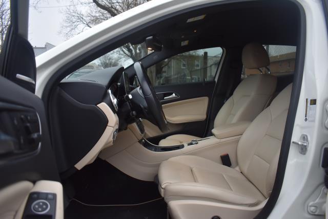 2016 Mercedes-Benz GLA GLA 250 13