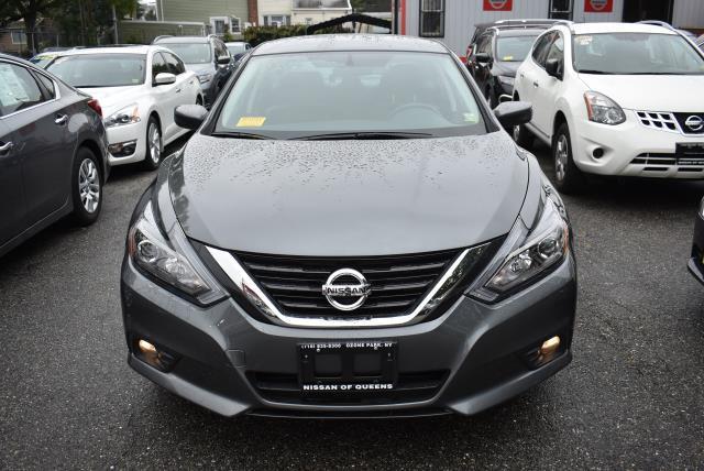 2018 Nissan Altima 2.5 SR 4