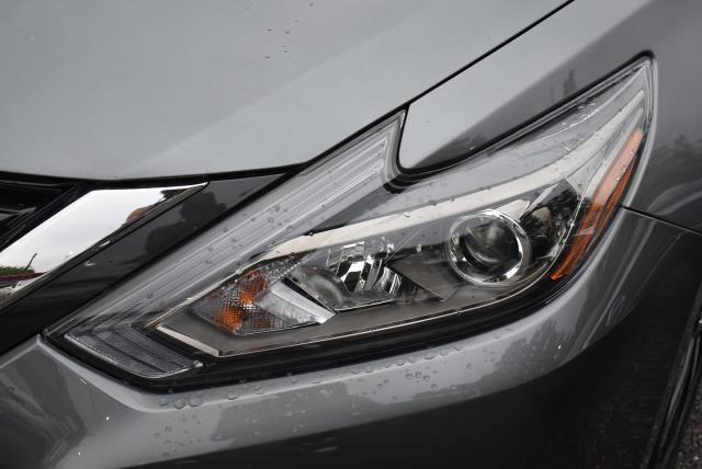2018 Nissan Altima 2.5 SR 36