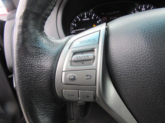 2015 Nissan Altima 2.5 SV 18