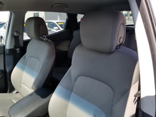 2017 Hyundai Santa Fe Sport 2.4L 10