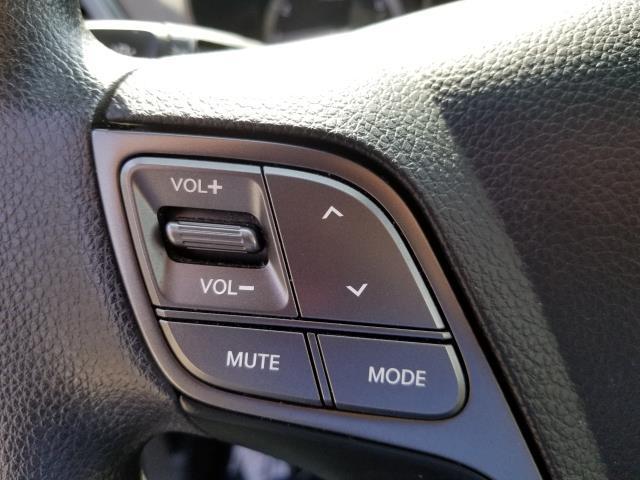 2017 Hyundai Santa Fe Sport 2.4L 21