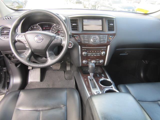 2016 Nissan Pathfinder SL 15