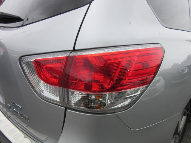 2016 Nissan Pathfinder Platinum 8