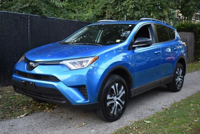 2018 Toyota RAV4 LE 4