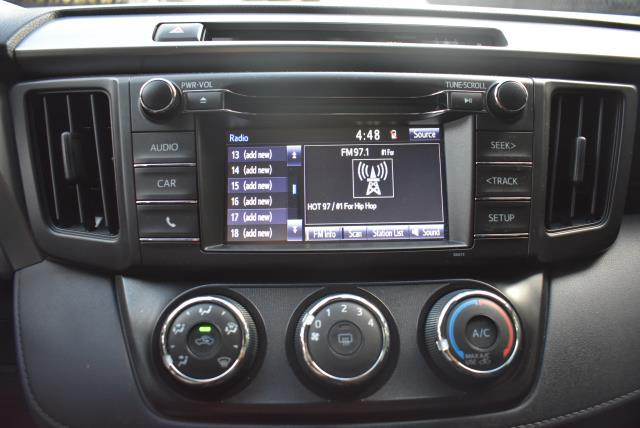 2018 Toyota RAV4 LE 17
