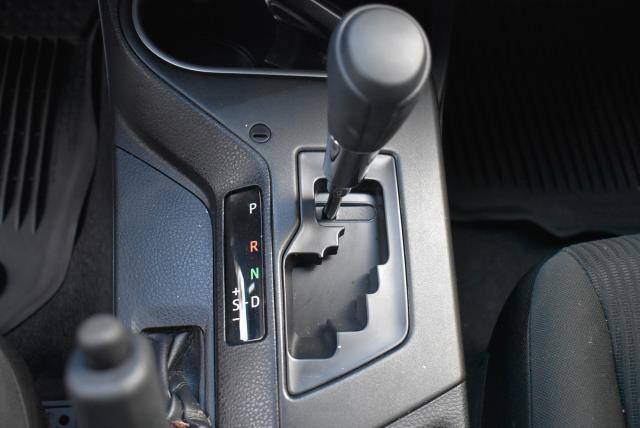 2018 Toyota RAV4 LE 19