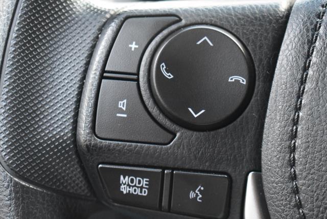 2018 Toyota RAV4 LE 21