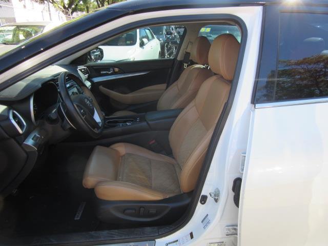 2016 Nissan Maxima 3.5 SR 9
