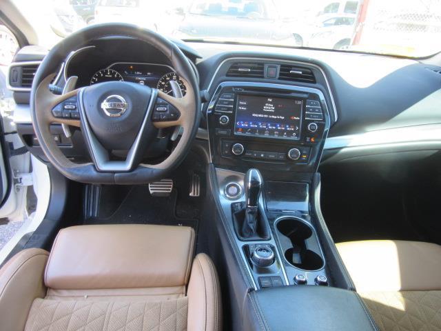 2016 Nissan Maxima 3.5 SR 11