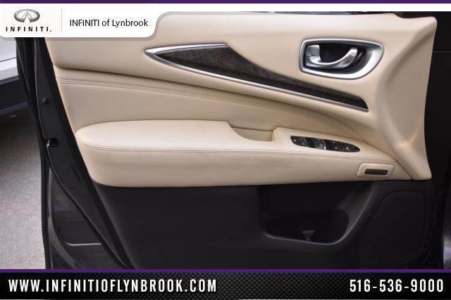 2015 INFINITI QX60 AWD 4dr 9