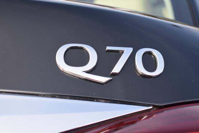 2015 INFINITI Q70 4dr Sdn V6 AWD 5