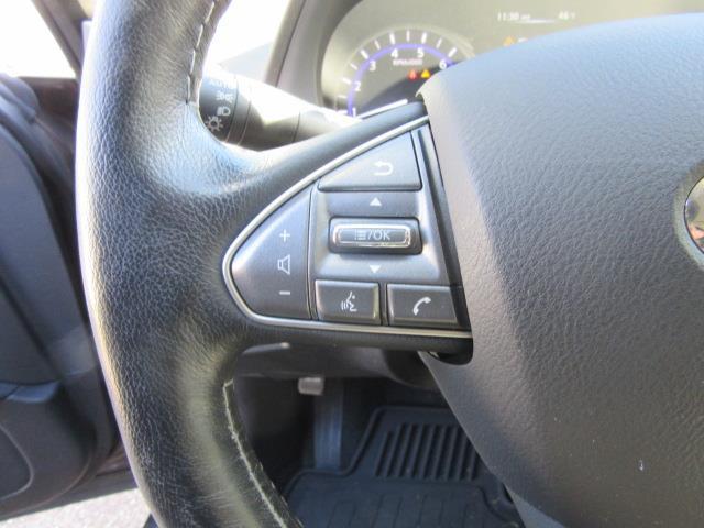 2015 INFINITI Q50 4dr Sdn AWD 18