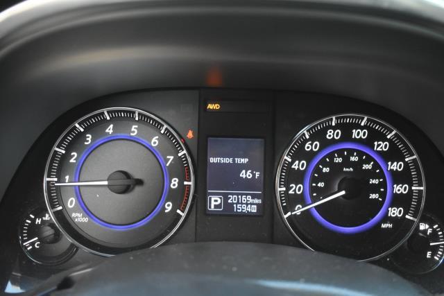 2015 INFINITI QX70 AWD 4dr 11