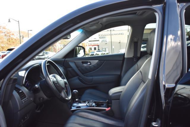 2015 INFINITI QX70 AWD 4dr 27